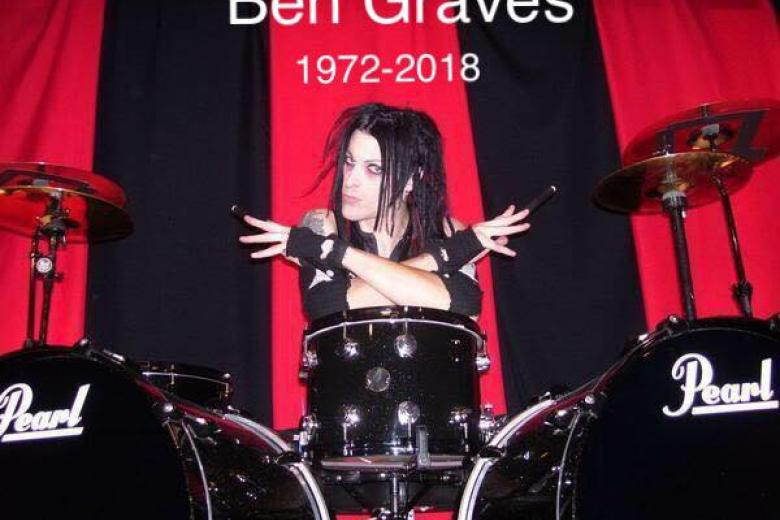 RIP - Ben Graves (MURDERDOLLS) est décédé hier.