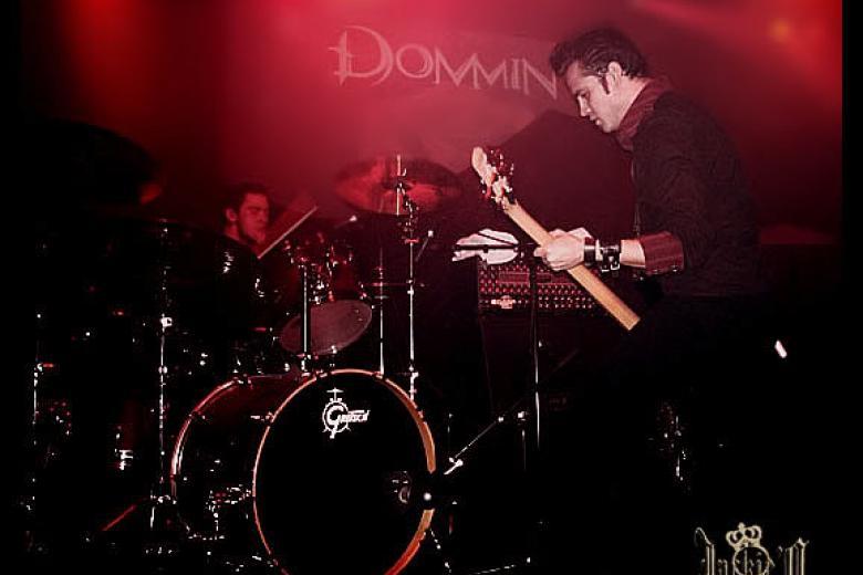 Dommin @ Bataclan - Paris (2010-02-08)