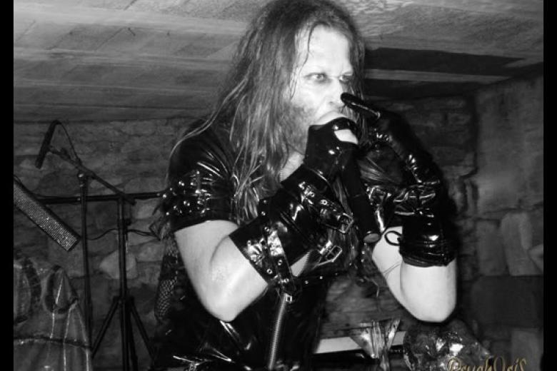 Arsch Dolls @ Dark Castle Festival 2008 - Vaux le Pénil (2008-07-13)