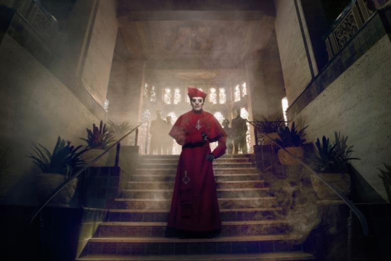 GHOST sort une vidéo live du titre Death