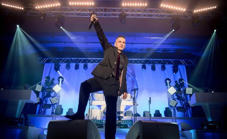 Steve Naghavi (AND ONE) sort un premier single solo