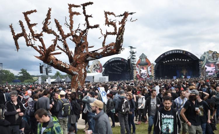 Hellfest annulé, les jauges de festival amenées à 5000 personnes assises